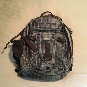 Dakine Heli-Pro Backpack In Excellent Condition